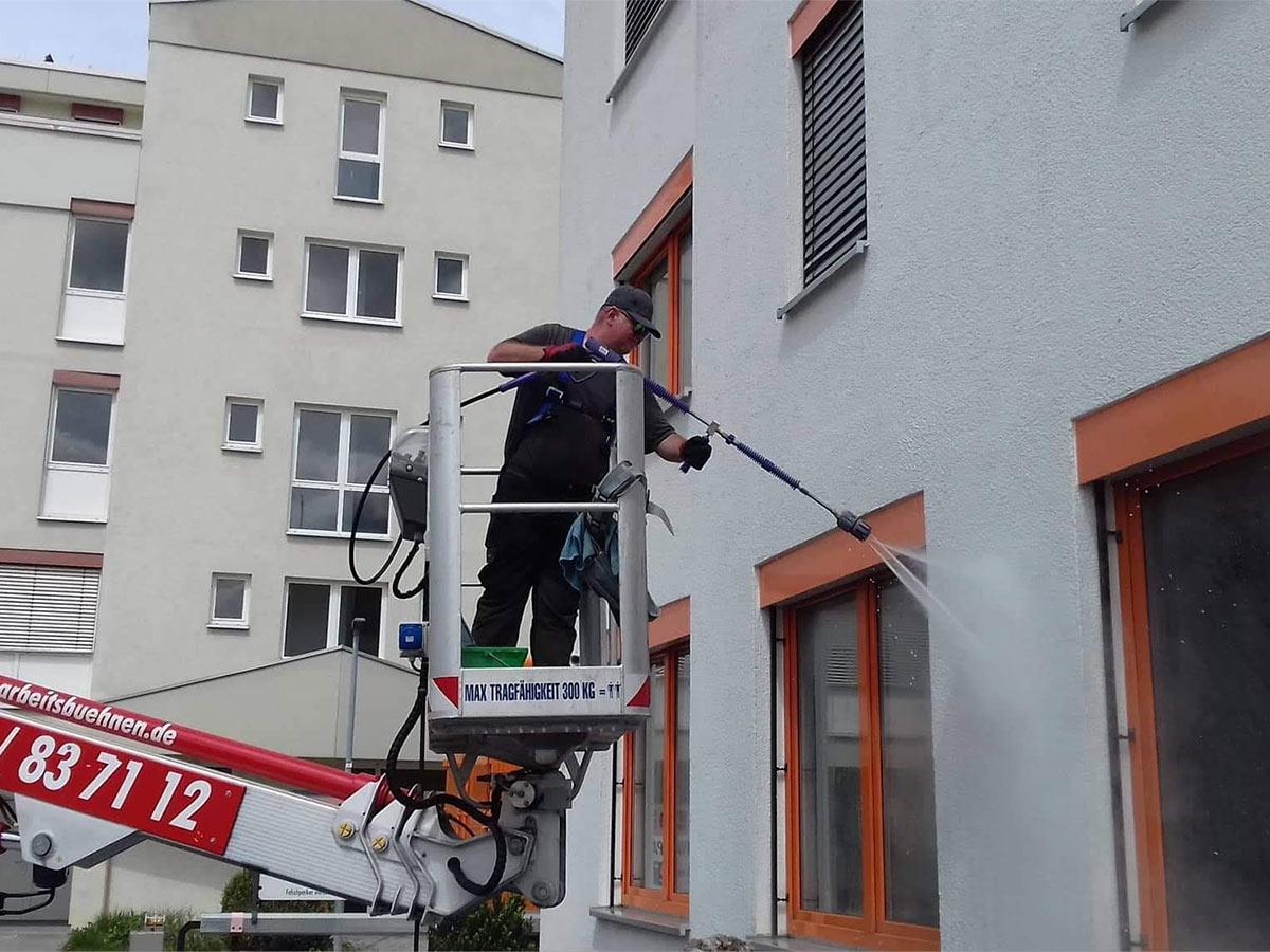 Fassadenreinigung chemiefrei
