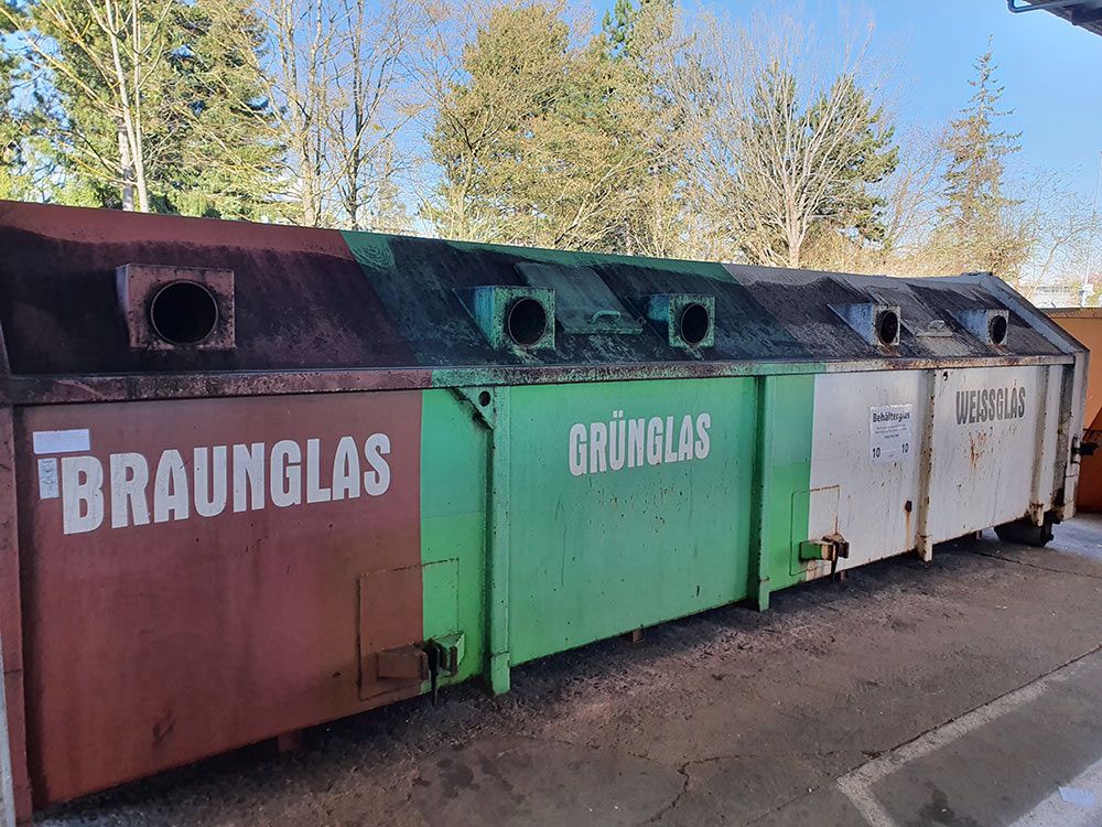 Flaschen Container Recyclinghof